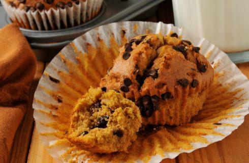 I muffin alla zucca e cioccolato per la merenda: ecco la ricetta