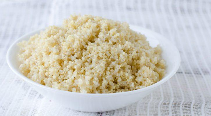 La quinoa al pesto di rucola: la ricetta del un primo sano