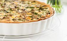 La torta salata con funghi e prosciutto cotto con la ricetta facile