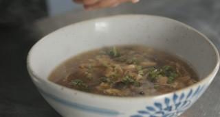 Zuppa agropiccante, dalla Cina