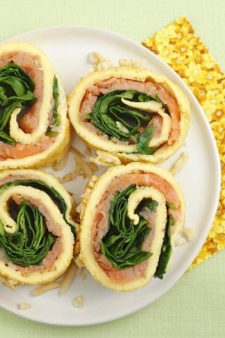 Girelle di omelette al salmone al forno, per cena