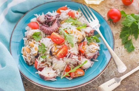 Insalata di riso marinara: polpo e cozze