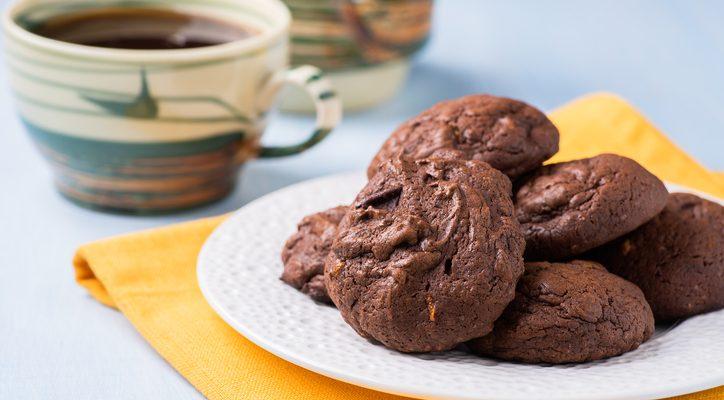 Biscotti alle noci e cacao: la ricetta per la colazione