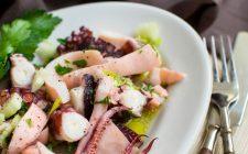 I calamari all'aglio con la ricetta light