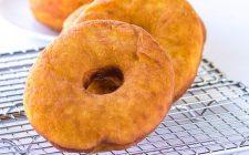 Le ciambelle di patate dolci fritte: la ricetta per una merenda golosa
