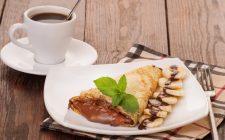Le crepes alla banana e nutella per il dessert di fine pasto