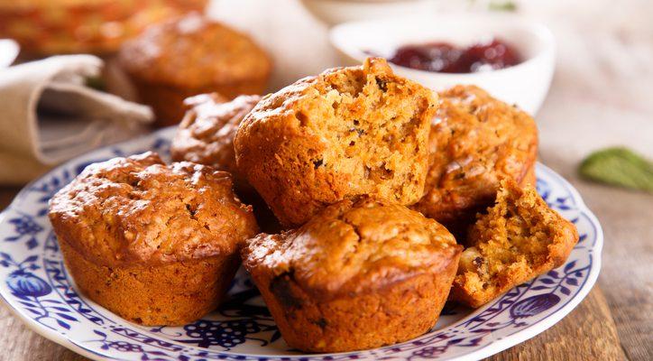 I muffin alla zucca e semi di papavero perfetti per l'aperitivo