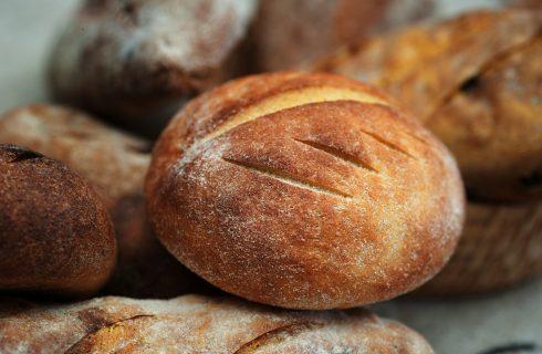 La ricetta dei panini alla curcuma soffici e saporiti
