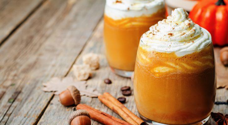 Il pumpkin spice latte con la ricetta da fare in casa