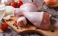 Pollo: non lavatelo con l'acqua corrente