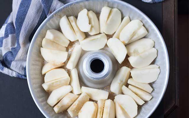 torta-di-mele-rovesciata-3