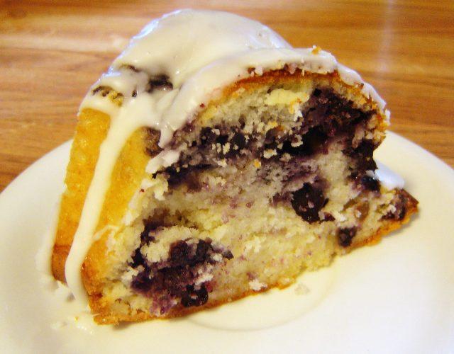 blueberry-yogurt-cake