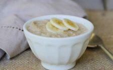 Porridge alla banana: la ricetta per la colazione degli sportivi