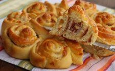Torta di rose salata: la ricetta perfetta per il buffet