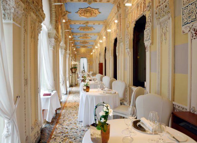 veranda_ristorante_antonino_cannavacciuolo