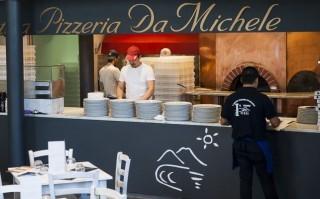 Siamo stati a mangiare la pizza di Da Michele a Roma