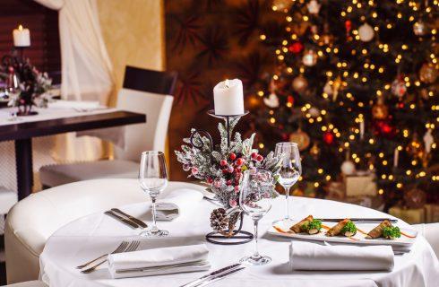 A casa o al ristorante: dove si mangia durante le feste?