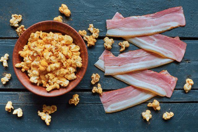 popcorn al bacon
