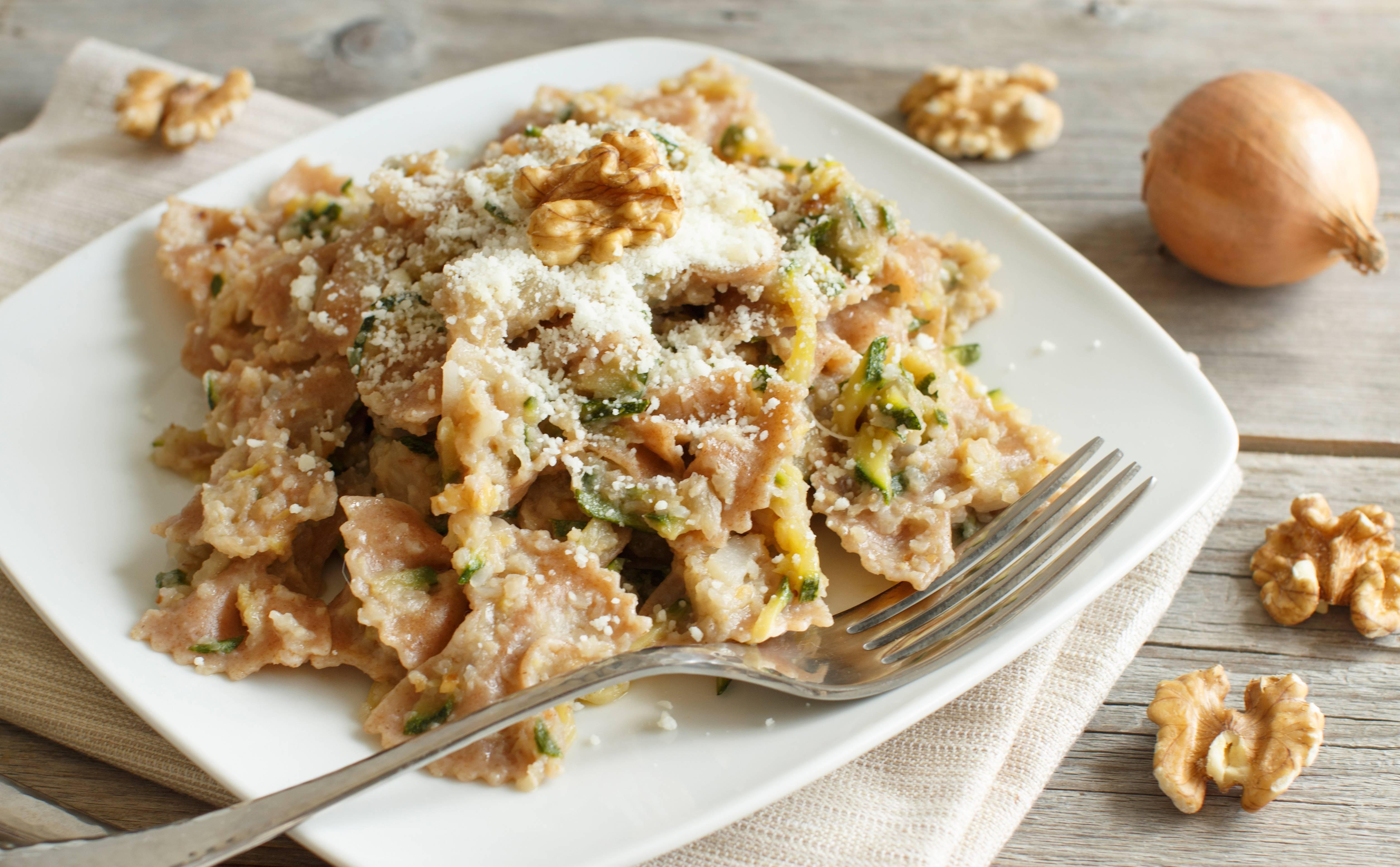 Ricetta pasta carciofi zucchine e noci agrodolce for Carciofi ricette