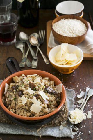 Risotto funghi e salsiccia, un classico