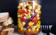 Salad with chickpeas, kidney beans and peppers in a jar