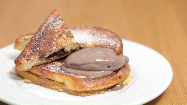 french-toast-banana-e-cioccolato-still