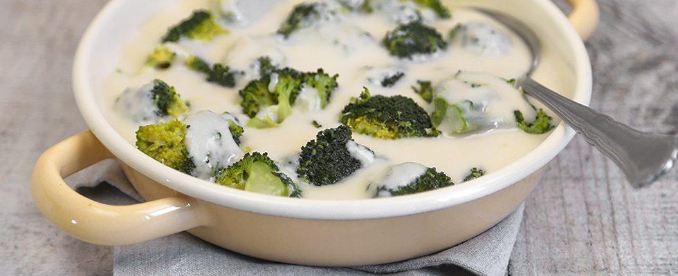 Broccoletti affogati con la besciamella