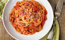 Amatriciana: peggio l'aglio o la cipolla?