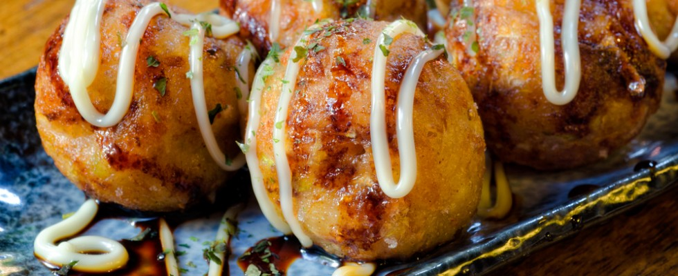 Cosa sono i takoyaki e perché in Giappone li adorano