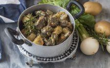 spezzatino-di-chinghiale-con-patate-e-rapa-bianca