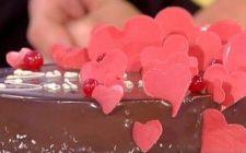 La torta di San Valentino con la ricetta di Detto Fatto