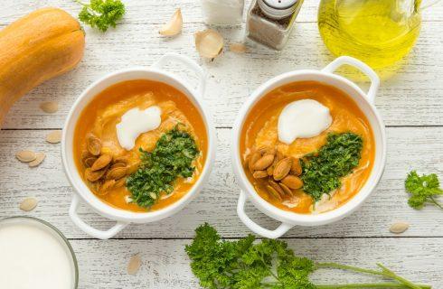 La ricetta della vellutata di zucca e verza per pranzi leggeri