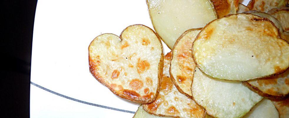 Cuori di patate per il contorno di San Valentino, ecco la ricetta