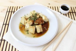 Agedashi tofu: antipasto giapponese