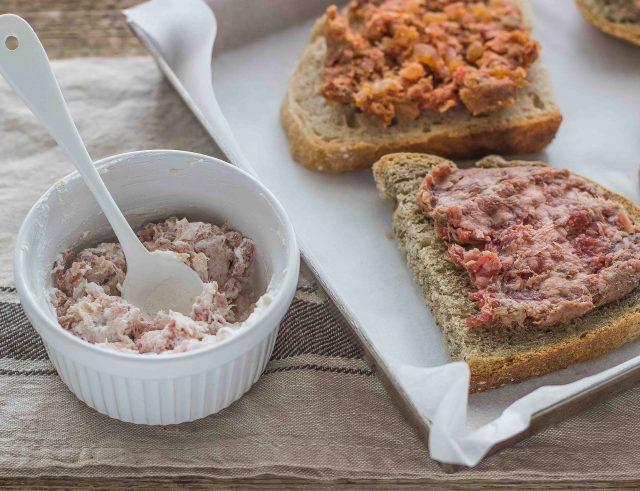 step-2-bruschetta-con-salsiccia
