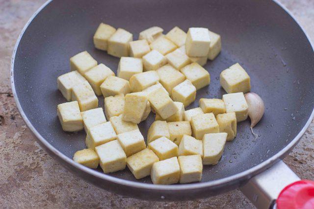 step-2-insalata-di-quinoa-e-tofu