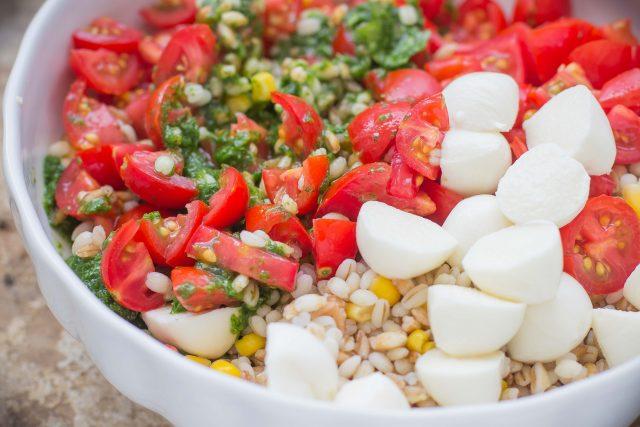 step-3-insalata-di-faro-e-orzo