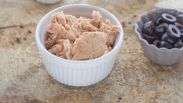 step-3-insalata-di-tonno-e-ceci