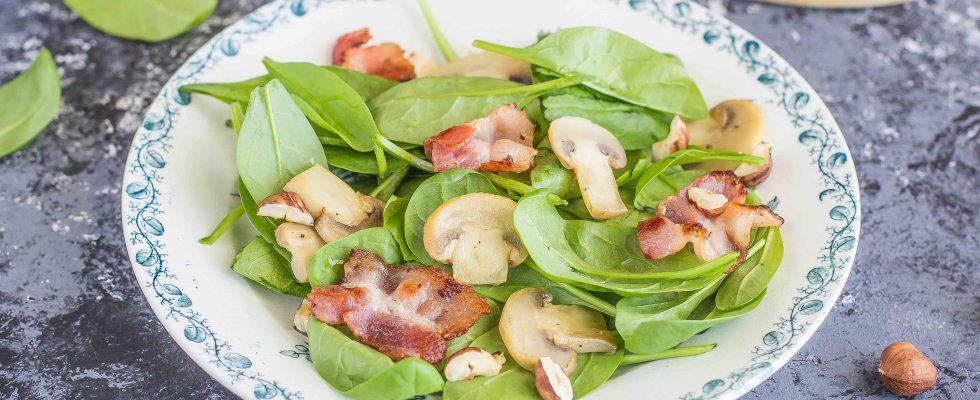 Insalata di spinaci crudi e funghi: per la primavera