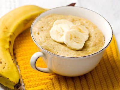 La mug cake alla banana con la ricetta veloce