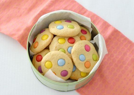 Biscotti coriandoli di Carnevale: ecco la ricetta per i bambini