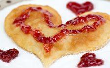 La ricetta delle crepes a cuore per San Valentino