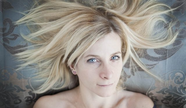 Loretta Fanella sul cuscino © Alessandra tinozzi