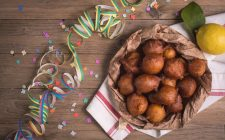 La ricetta delle frittelle di pane per Carnevale