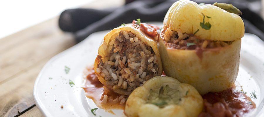 Paprike all'istriana, peperoni bianchi ripieni di carne