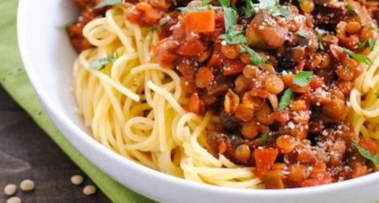 La ricetta del ragù di lenticchie vegan e saporito