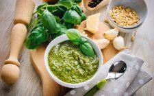 Pesto: sbagliare basilico o usare le noci?