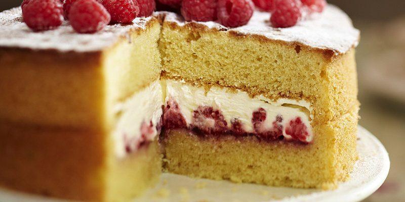 9 creme per farcire una sponge cake