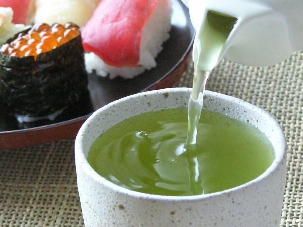 sushi-with-konacha
