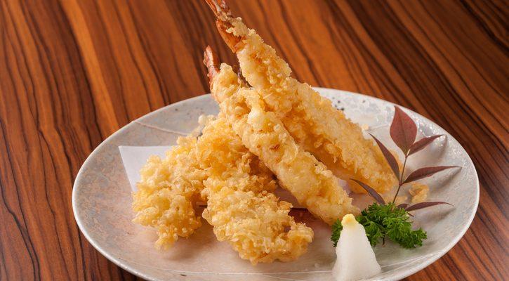 La tempura di gamberi e mandorle: la ricetta giapponese classica